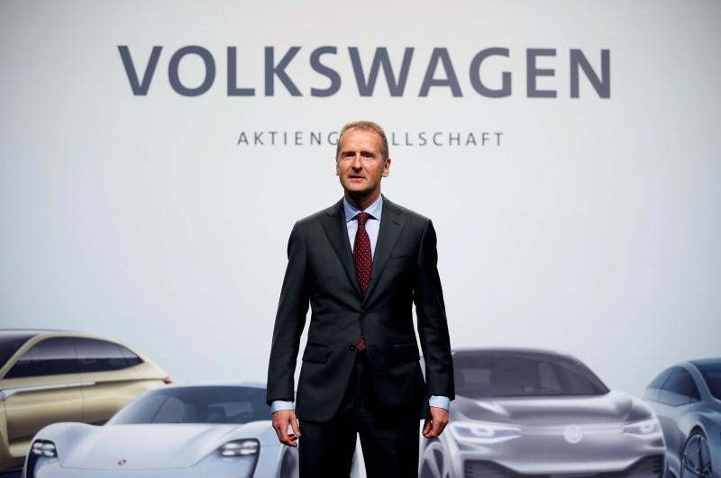 Herbert Diess, Volkswagen's new CEO, poses during the Volkswagen Group's annual general meeting in Berlin, Germany, May 3, 2018. (REUTERS Photo)