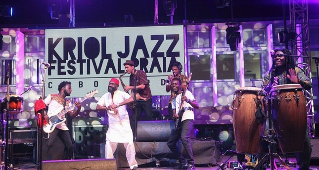 The Pat Thomas & Kwashibu Area Band from Ghana perform during the Kriol Jazz Festival at Praia.