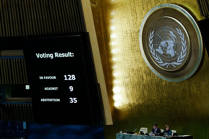 The results of the vote on Jerusalem are seen on a display board at the General Assembly hall at U.N. headquarters in New York, U.S., December 21, 2017. (AFP Photo)