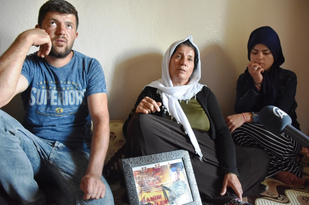 The family of Kadir Oslu, a construction worker killed in the PKK attack on Aug. 28.