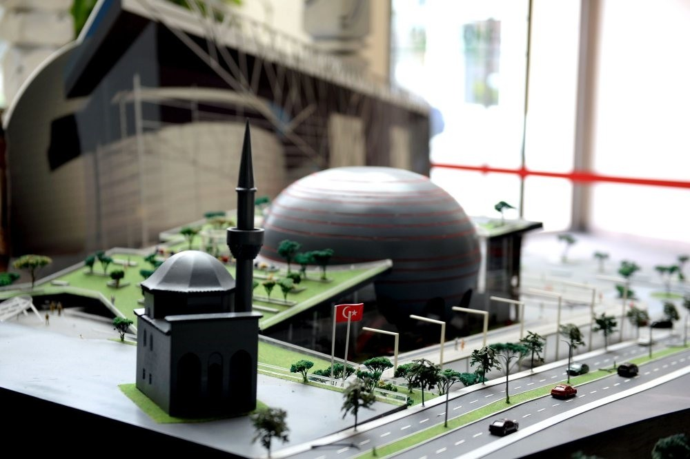A mini-model for the ongoing building of the Panorama Museum in Bursa.