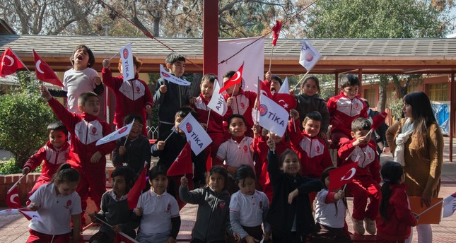 Santiago students learn about Turkish culture