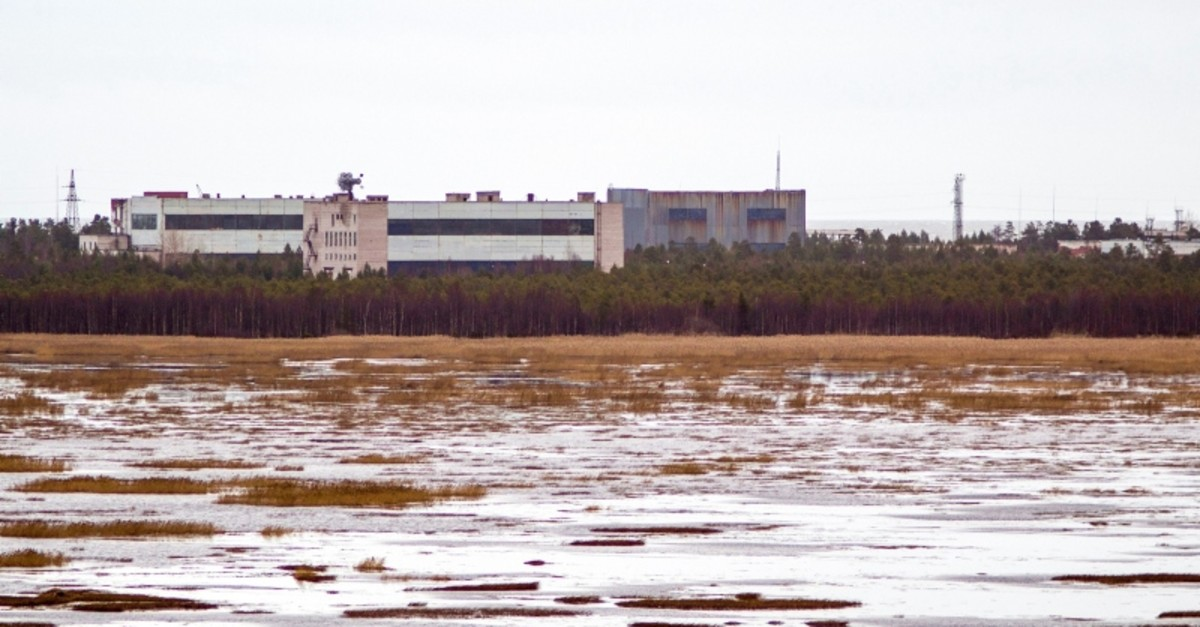 A picture taken on November 9, 2011 shows buildings at a military base in the small town of Nyonoska in Arkhangelsk region. (AFP Photo)