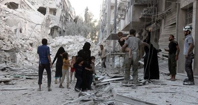 تركيا: الغارات على حلب جرائم حرب خطيرة ضد الإنسانية