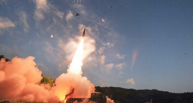 الدفاع الجوي السعودي يعترض صاروخا باليستيا فوق جازان