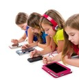 كيف نحمي أطفالنا من إدمان التكنولوجيا؟