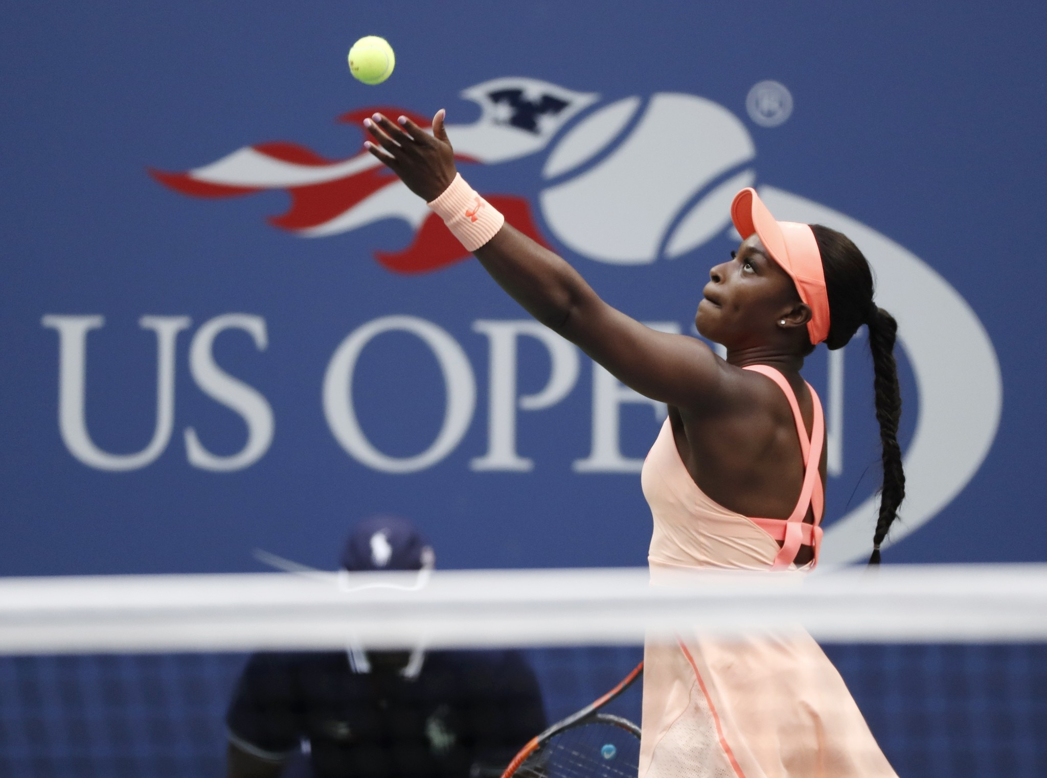 Sloane Stephens, of the U.S., serves to Madison Keys, of the U.S., during the championship match of the U.S. Open tennis tournament, Sept. 9, 2017, in New York. (AP Photo)