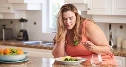 Obesity significantly increases cancer risk, expert warns