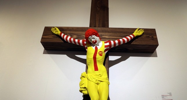 A sculpture by Finnish artist Jani Leinonen, entitled McJesus, is seen on display at Haifa Museum of Art in the northern Israeli city of Haifa January 15, 2019. (REUTERS Photo)
