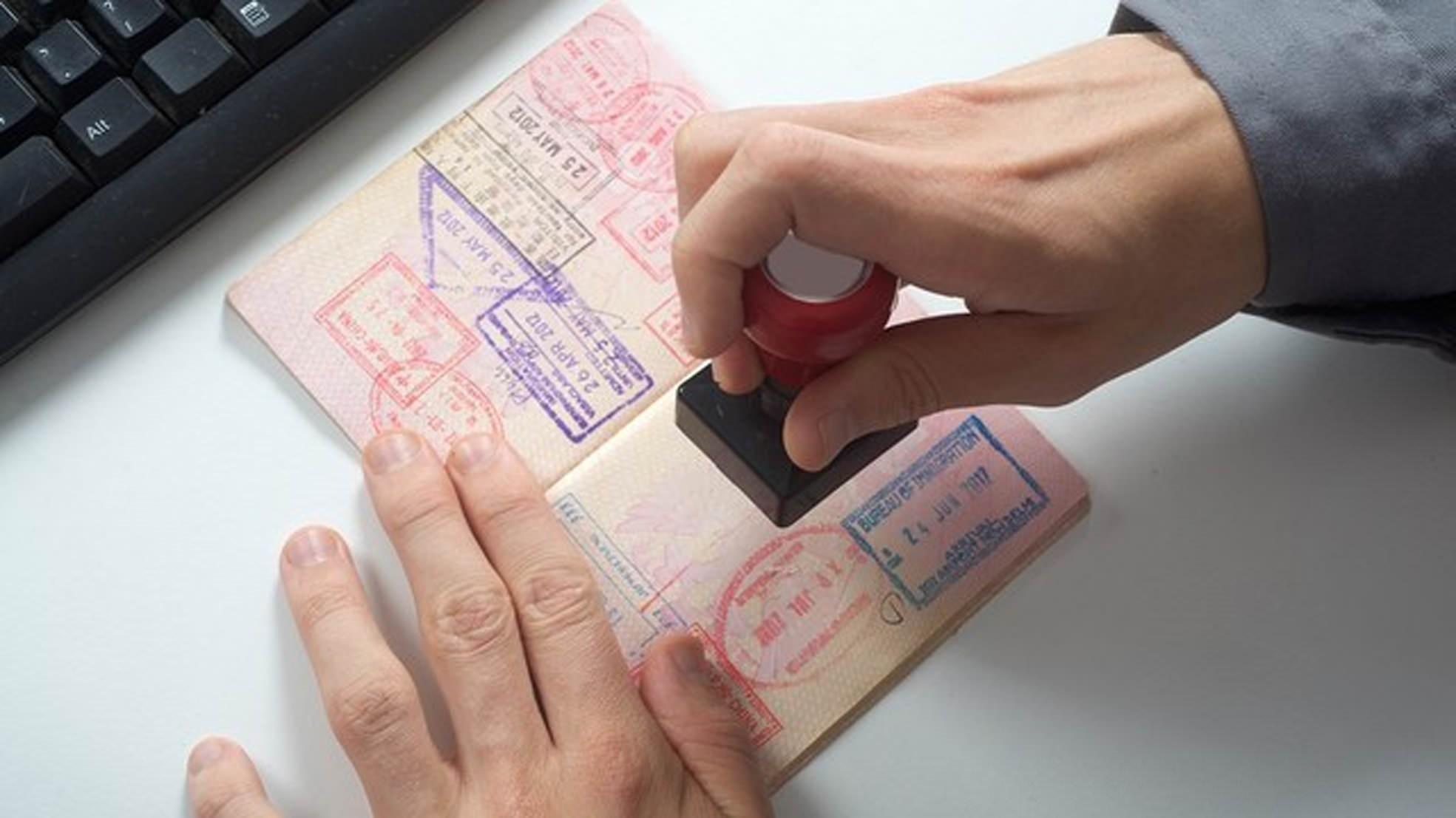 The current short-term visitor Schengen visa allows Turkish citizens up to a six-month duration, with a maximum of 180 days each calendar year, or two 90-day stays per 180-day period.