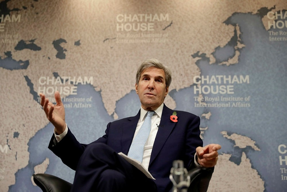 Former U.S. Secretary of State John Kerry takes part in a discussion titled ,The Iran Nuclear Deal: Reflections on the First Two Years, at Chatham House in London, U.K., Nov. 6, 2017. (AP Photo)