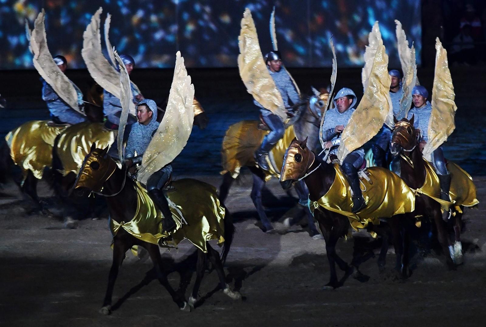 Церемония открытия III Всемирных игр кочевников