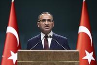 """Der stellvertretende Ministerpräsident und Sprecher der Regierung, Bekir Bozdağ, bezeichnete am Montag den Vorfall der im Rahmen der Militärübung in Norwegen als einen der """"größten Skandale..."""