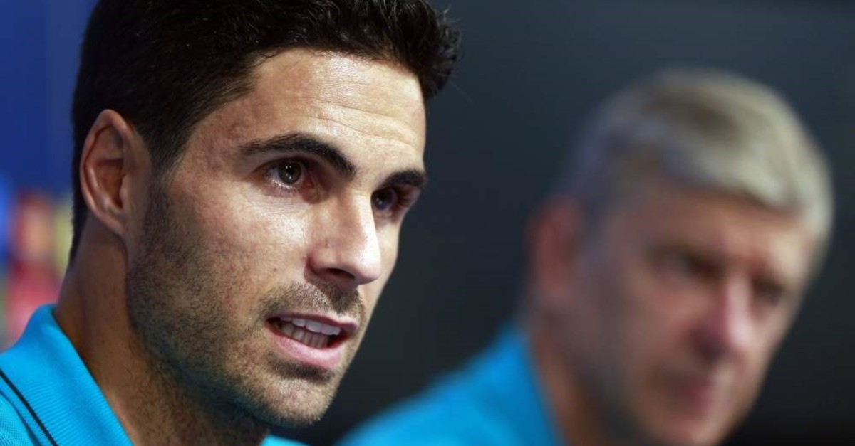 Arsenal's Mikel Arteta attends a news conference in Zagreb, Croatia, Sept. 15, 2015. (AP Photo)