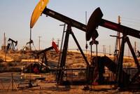 صعود أسعار النفط بسبب العقوبات على فنزويلا