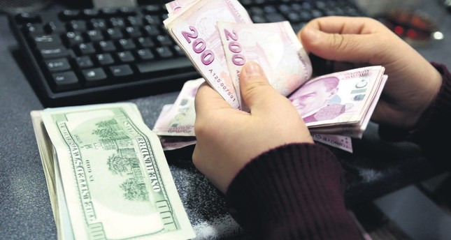 Turkish lira drop not true picture of economy, say experts