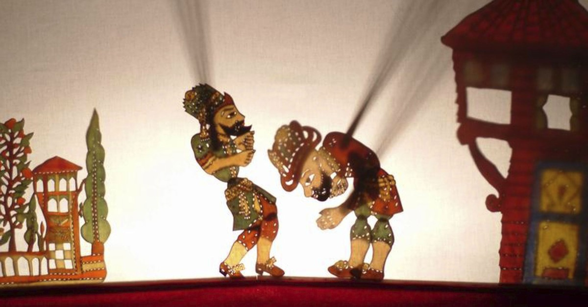 A scene from the traditional Karagu00f6z-Hacivat shadow play.