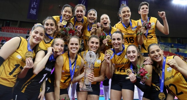 Vakıfbank players celebrate their victory after winning the 2018 Women's FIVB World Championship, in Shaoxing, eastern China, Dec. 09, 2018. (AA Photo)