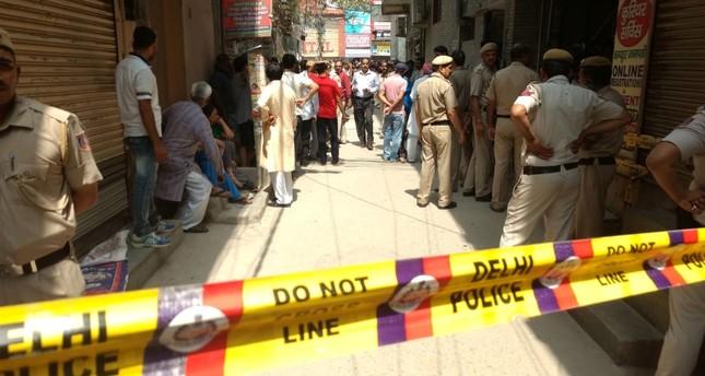في حادثة مروعة بالهند.. العثور على ١٠ جثث لعائلة معلقة بسقف منزلها