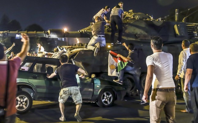 People stand their ground against the tanks of the coup plotters, July 15, 2016.