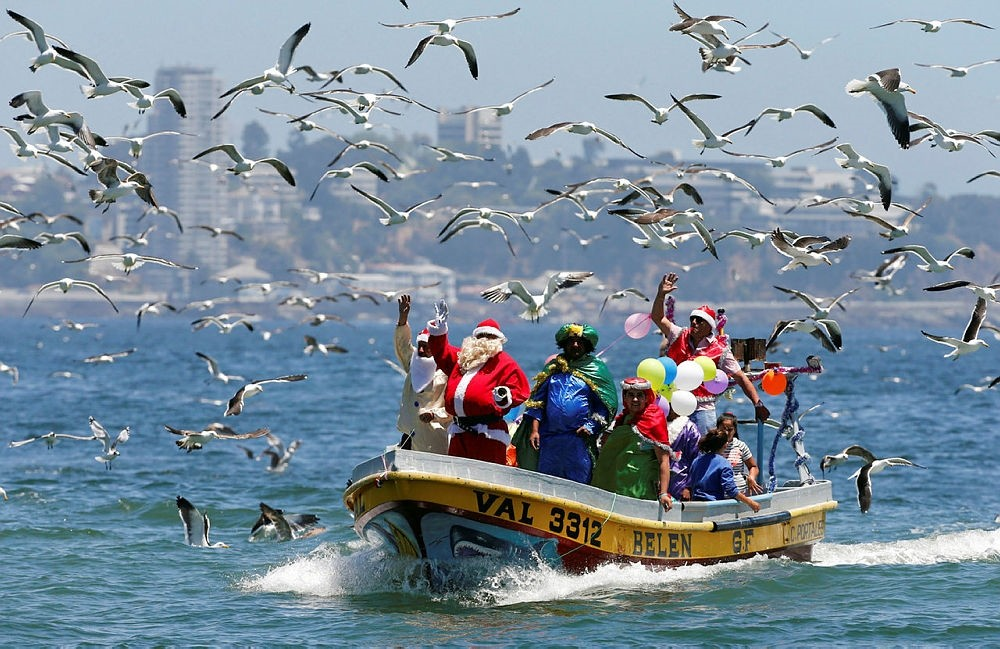 In pictures: Millions around the world celebrate Christmas
