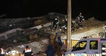 ارتفاع حصيلة قتلى زلزال إلازيغ إلى 6 وأعمال الإنقاذ مستمرة