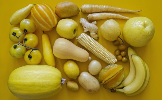 Yellow foods are vital in women's diets as they are good for reproductive health.