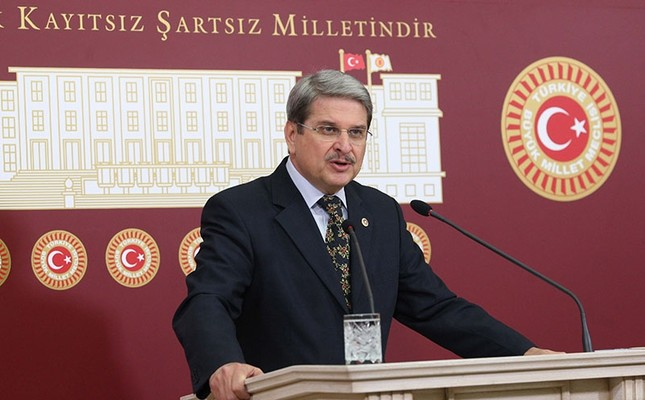 CHP lawmaker resigns to join Akşener's new party