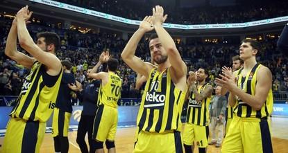 Fenerbahçe caps EuroLeague regular season on top