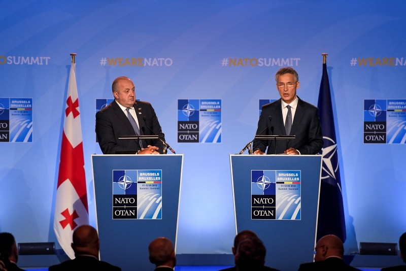 President of Georgia Giorgi Margvelashvili (L) and NATO Secretary General Jens Stoltenberg (R) deliver a press statement during a two days NATO summit at NATO headquarters in Brussels, Belgium, July 12, 2018. (EPA Photo)