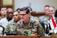 أرشيفية-  جوزيف فوتيل، قائد القيادة المركزية الأمريكية خلال اجتماع مع رؤساء أركان دول الخليج سبتمبر 2018 (وكالة الأنباء الفرنسية)