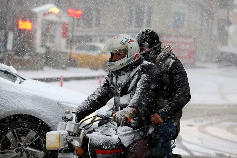 Turkey's northwest Edirne province blanketed in snow (AA photo)