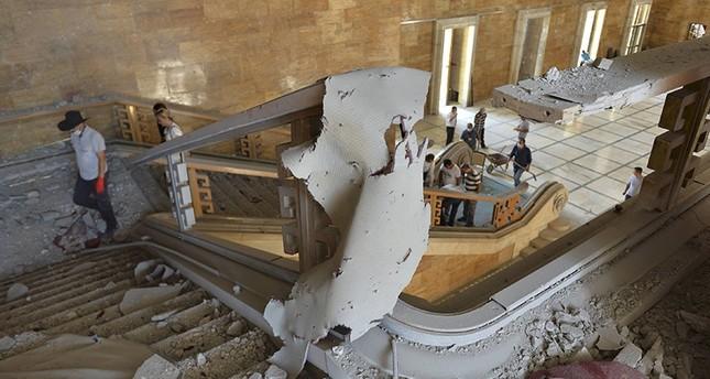Beschädigte Bereiche des Türkischen Parlaments (TBMM). (Reuters Foto)