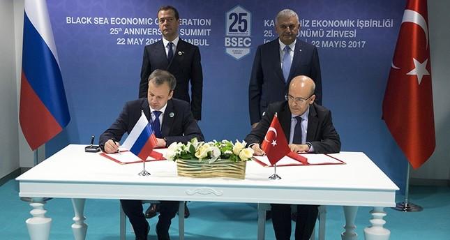 أنقرة وموسكو توقعان إعلانا لرفع العوائق التجارية بينهما