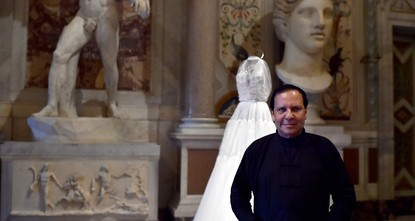 pTunisian-born designer Azzedine Alaia, a fashion iconoclast whose clingy styles helped define the 1980s and who dressed famous women from Hollywood to the White House, has died at age...