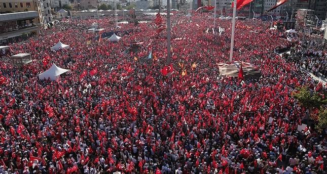 زعيم المعارضة التركية: المرحلة الراهنة تتطلب تكاتف الجميع ضد محاولة الانقلاب