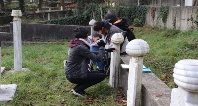 A group of researchers and students from Bart?n University will carry out field research and an academic study on the city's Ottoman-era gravestones. (IHA Photo)