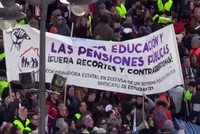 Spaniards flock to the streets to demand better pensions in Madrid