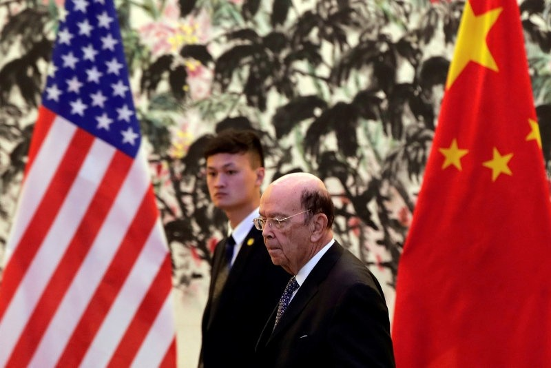 U.S. Commerce Secretary Wilbur Ross arrives to the Diaoyutai State Guesthouse to attend a meeting with Chinese Vice Premier Liu He in Beijing, June 3, 2018. (AP Photo)