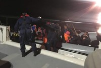 Turkey holds 70 irregular migrants trying to cross Aegean in Çanakkale