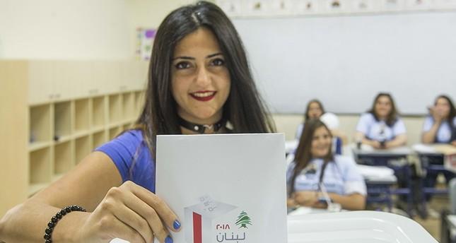 إغلاق مراكز الاقتراع وبدء فرز الأصوات في الانتخابات البرلمانية اللبنانية