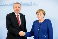 Erdoğan, Merkel discuss Syrian crisis in phone call