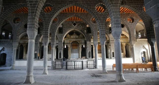 Турция отремонтирует крупнейшую армянскую церковь на Ближнем Востоке