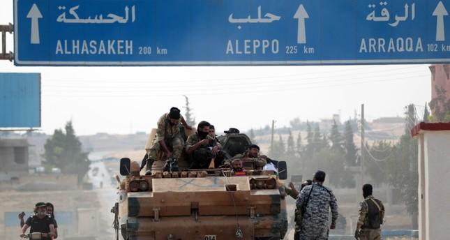 عناصر من الجيش الوطني السوري في تل أبيض