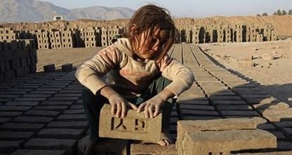 """40 مليون شخص يعانون """"العبودية العصرية"""" حول العالم"""