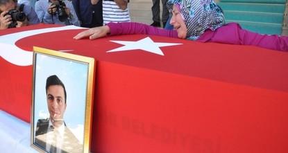 """pDer stellvertretende Vorsitzende der oppositionellen """"Republikanischen Volkspartei (CHP), Gürsel Erol, sagte, dass man heute einen Marsch in der östlichen Provinz Tunceli organisieren werde,..."""