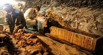 أعلنت القاهرة اليوم السبت كشفا أثريا جديدا في محافظة الأقصر أقصى جنوبي البلاد، يتضمن مقبرة