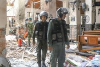 ست هجمات تستهدف فنادق وكنائس في سريلانكا توقع عشرات القتلى ومئات الجرحى