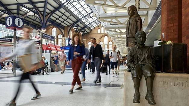 The 1,000km bike journey in memory of the Kindertransport will run from Berlin to Liverpool Street Station in London, where a memorial remembers the children saved by the rescue scheme.
