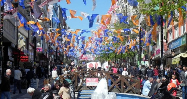 The AK Party will not use traditional methods of campaigning in city centers, such as large banners and party flags, in a bid to reduce visual pollution in the upcoming municipal elections.